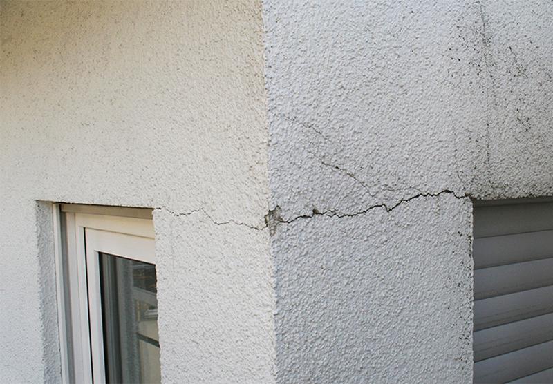 コンクリートひび割れ